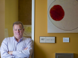 Jonathan Lakey is a pioneer in the transplantation of insulin-stimulating islet cells to treat Type 1 diabetes, but hurdles remain. Steve Zylius / UCI