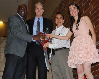 From left: Samueli School Dean Gregory Washington, Kay Family Foundation's Mark Percy, Calit2 Director GP Li, and FABWorks Director Sarah Hovsepian