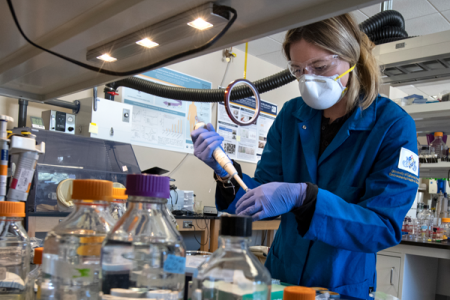 Julia Zakashansky is recognized with an ARCS scholar award, which will support her research involving an at-home coronavirus saliva test. Steve Zylius / UCI