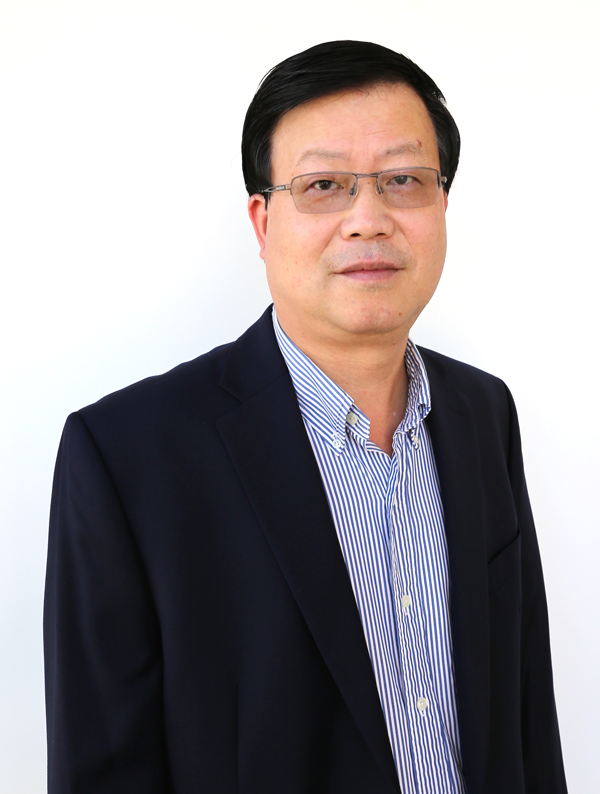 Zhongping Chen wins NIH funding for his work in developing a new multimodal intravascular imaging system that would benefit patients with heart disease.